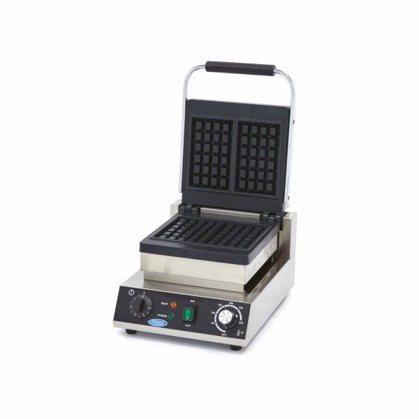 Vaflovač Classic | Maxima 09365105 má výkonné vyhrievacie teleso, ktoré dokáže formu rýchlo zohriať a udržať ju horúcu.
