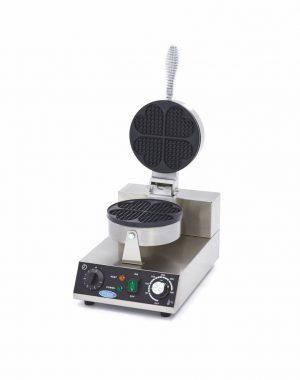 Vaflovač v tvare srdca | Maxima 09365100 má výkonné vykurovacie teleso, ktoré dokáže formu rýchlo zohriať a udržať ju horúcu.