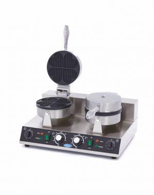 Vaflovač v tvare srdca - dvojitý | Maxima 09365101 má výkonné vykurovacie teleso, ktoré dokáže formu rýchlo zohriať a udržať ju horúcu.